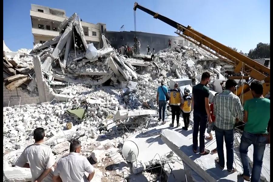 Siria: casi 70 muertos por explosión de depósito de armas