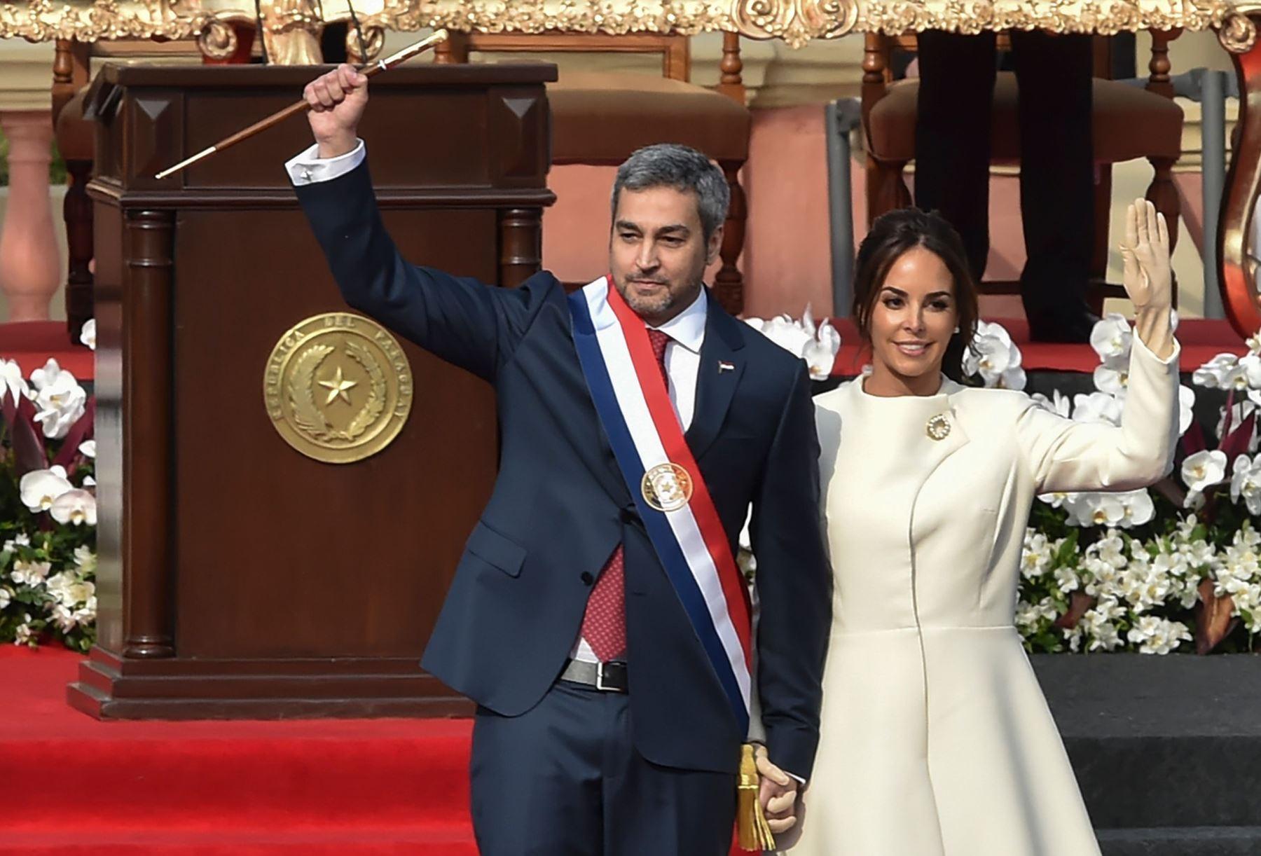 Nuevo presidente de Paraguay critica a Venezuela y Nicaragua