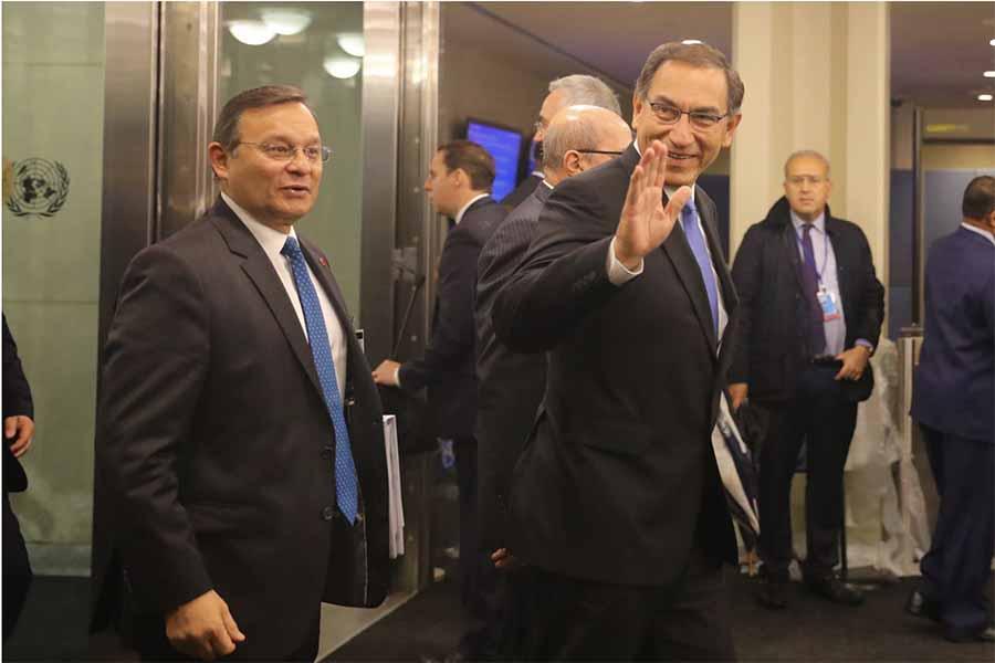 Presidente Vizcarra destaca contribución de Cascos Azules peruanos