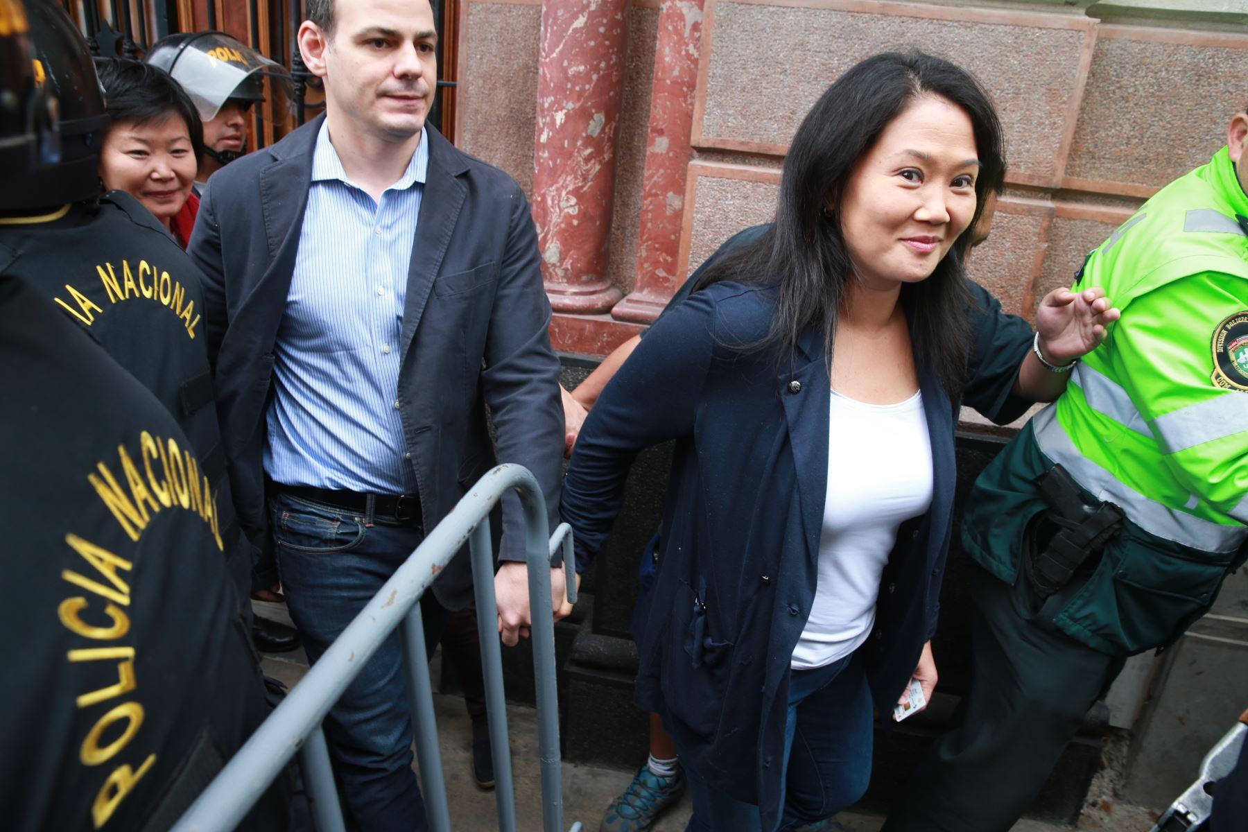 Keiko Fujimori asiste a audiencia de prisión preventiva