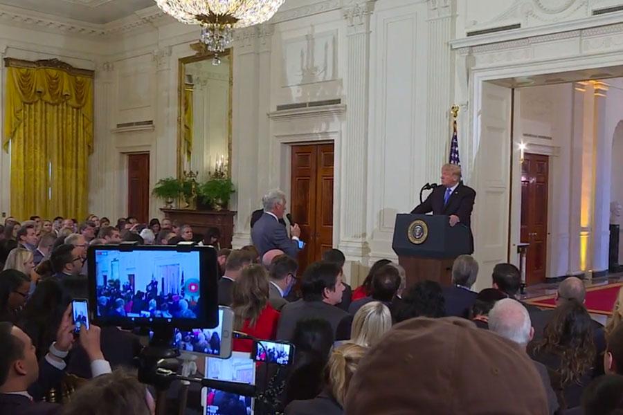 """Juez decidirá sobre pase de Casa Blanca a periodista de """"CNN"""""""