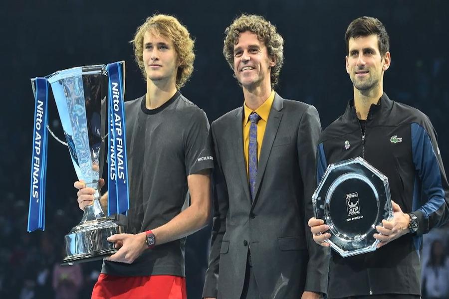 Zverev venció a Djokovic y se coronó en Masters de Londres