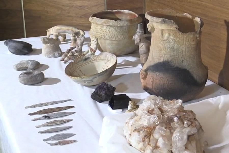 Recuperan más de 1.000 piezas de museo quemado en Brasil