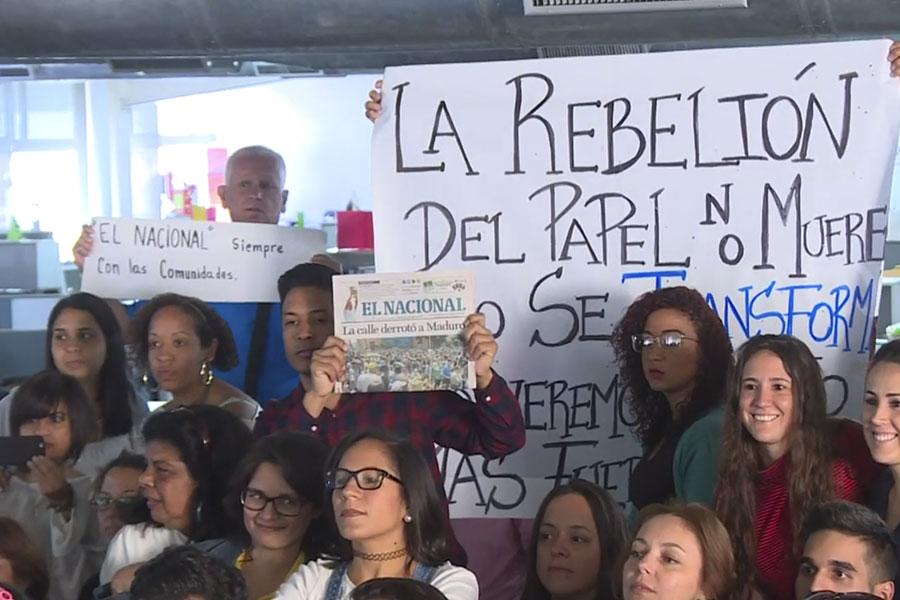 """""""Nos vemos en la web"""", advierte El Nacional a Maduro"""