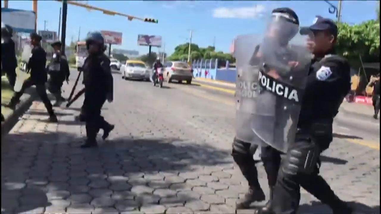 Policía de Nicaragua ocupa sedes de medio opositor y de ONG