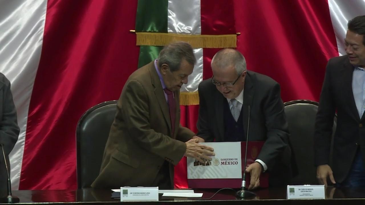 López Obrador prevé más gasto en presupuesto mexicano para 2019
