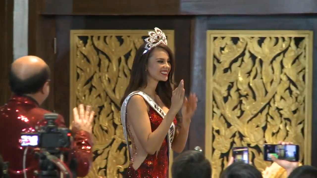 Filipina Catriona Gray fue coronada Miss Universo