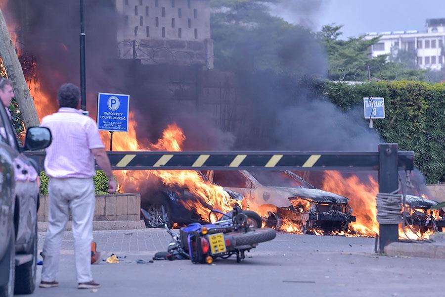Kenia: explosión y tiroteo en hotel de Nairobi