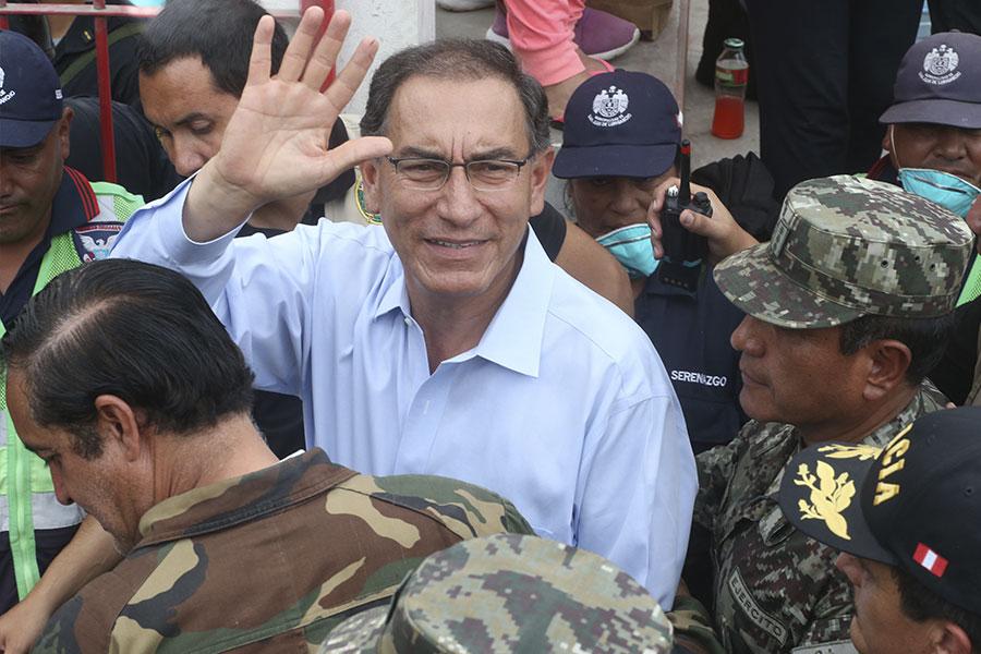 Presidente Vizcarra exhorta a toda la población a cuidar y no ensuciar el mar