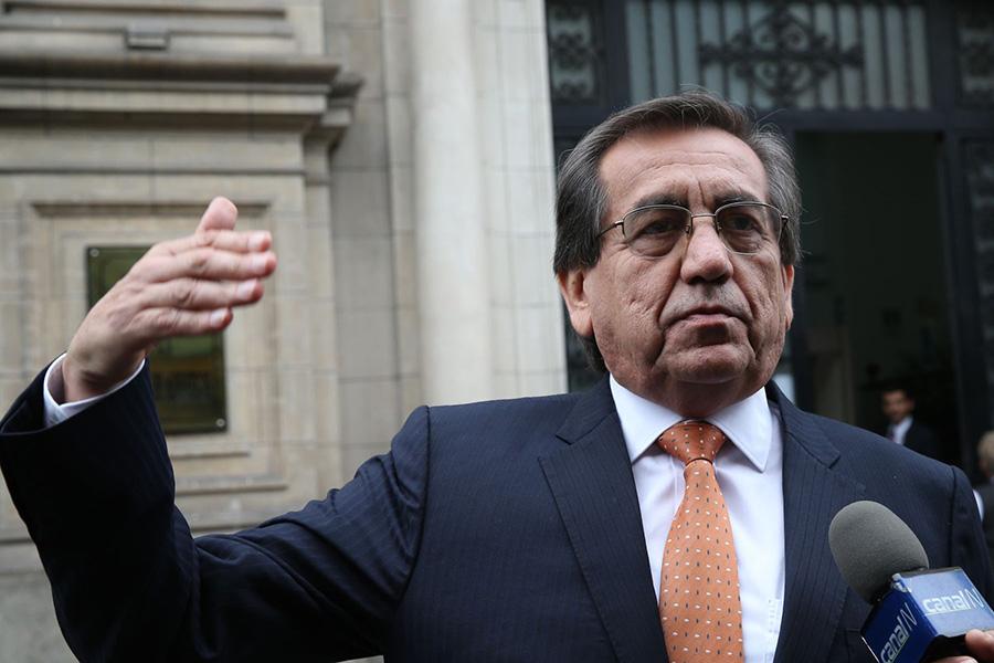 Alan García ingresará a la historia por sus obras, dice Del Castillo