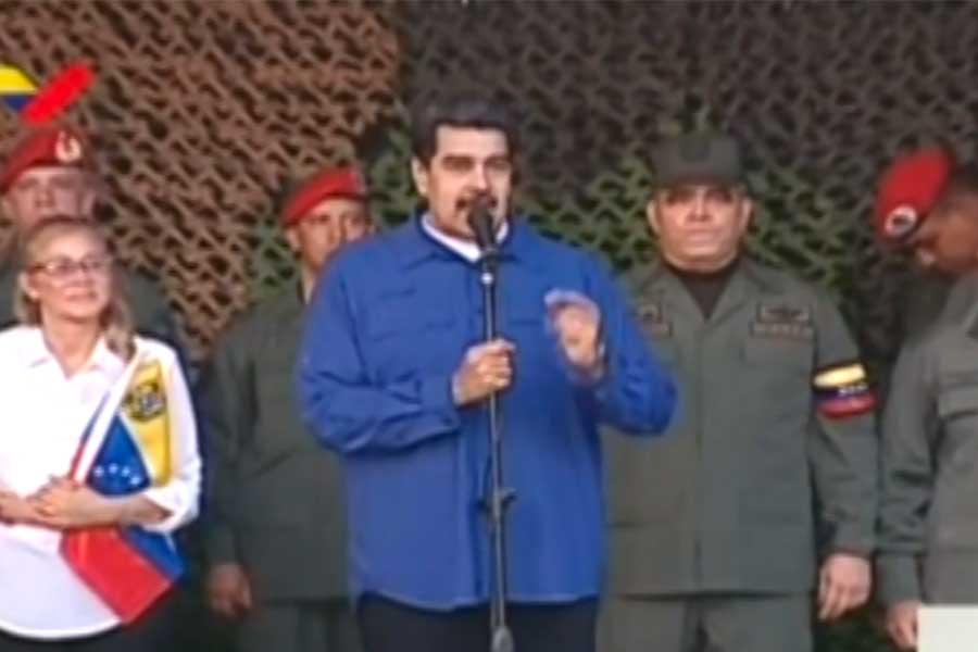 """Maduro celebra """"inicio de conversaciones"""" con la oposición"""