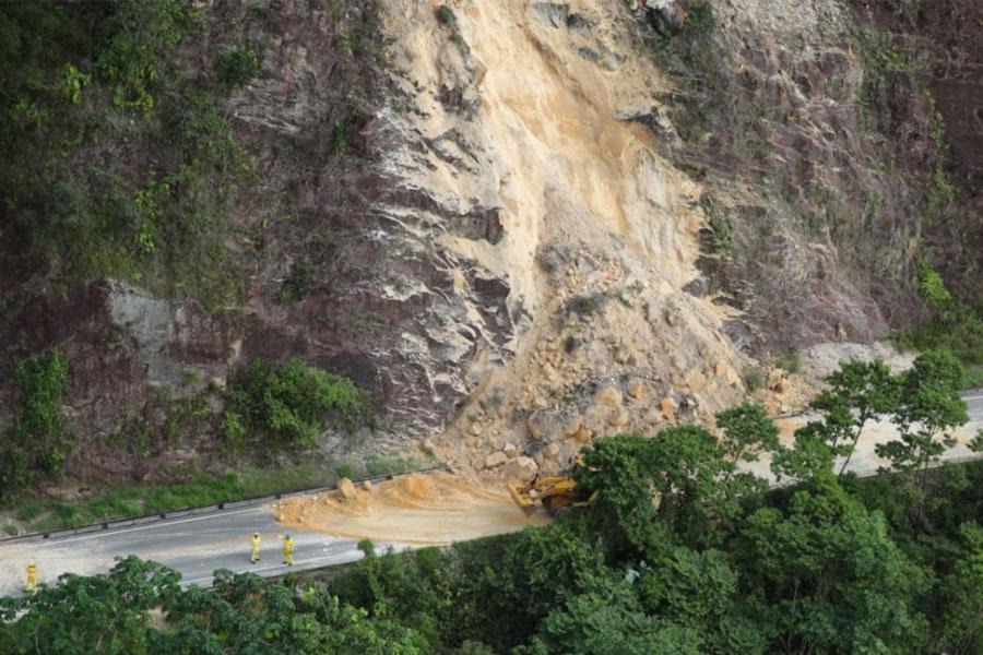 Imágenes de los desastres causados por el sismo de magnitud 8.0 originado en Loreto