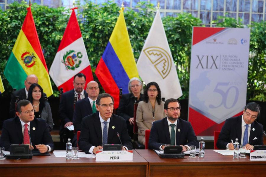 Jefe de Estado preside Cumbre Presidencial de la Comunidad Andina