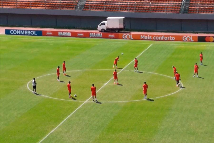 Selección Peruana entrenó en Salvador Bahía rumbo al duelo con Uruguay