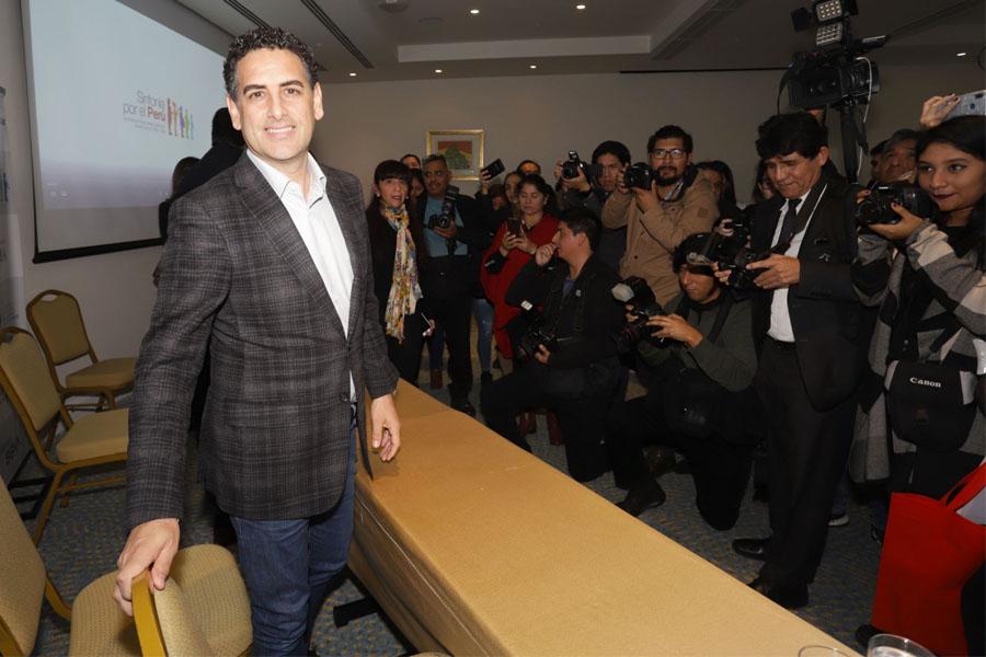 Juan Diego Flórez anuncia Centro Internacional de Excelencia Musical