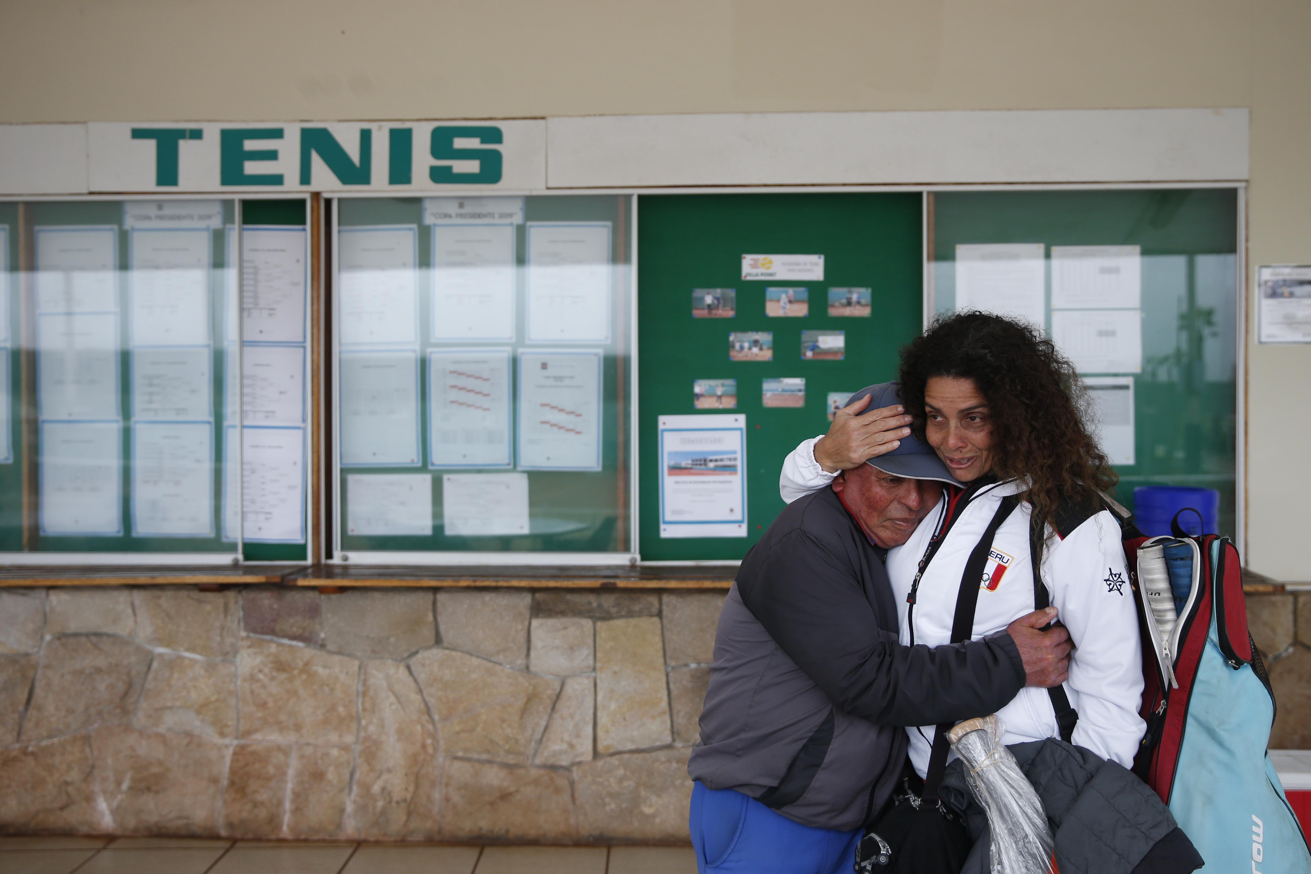 Lima 2019: así fue el conmovedor encuentro entre Claudia Suárez y su entrenador