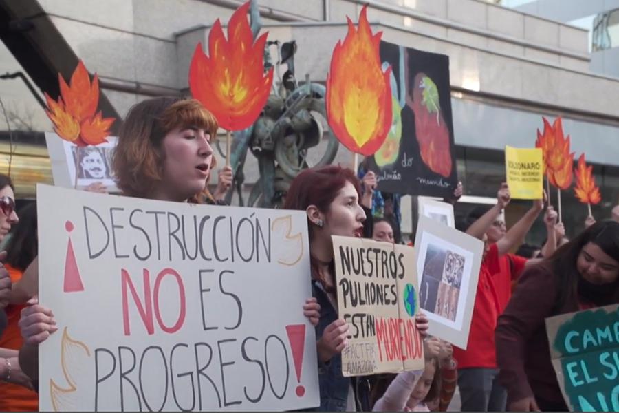 """""""Salven a la Amazonía"""", gritan manifestantes en diversas ciudades de Latinoamérica"""