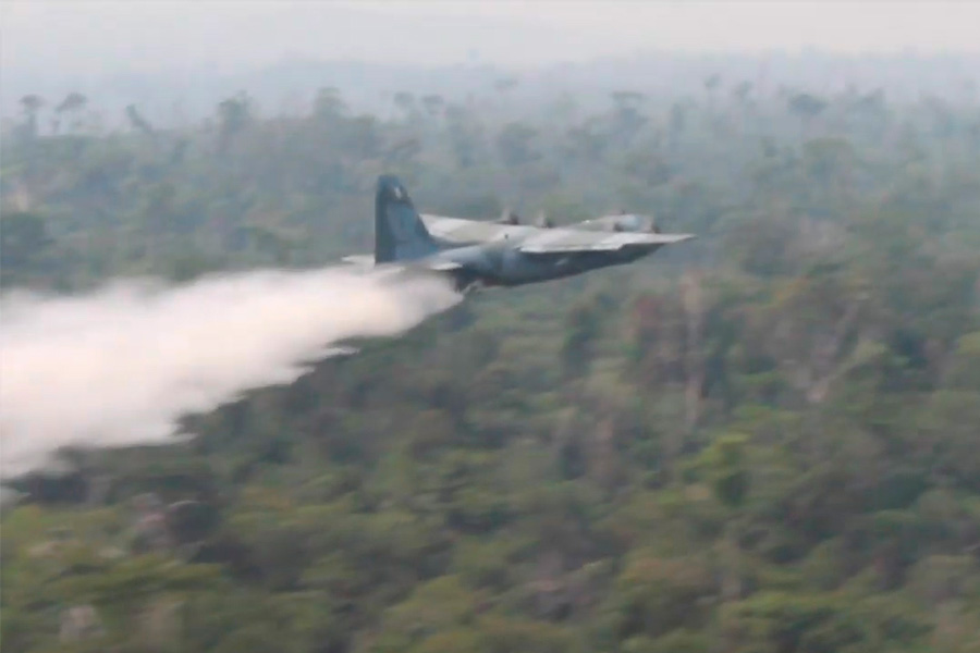 Fuerzas Armadas de Brasil toman acciones para combatir incendios en la Amazonía