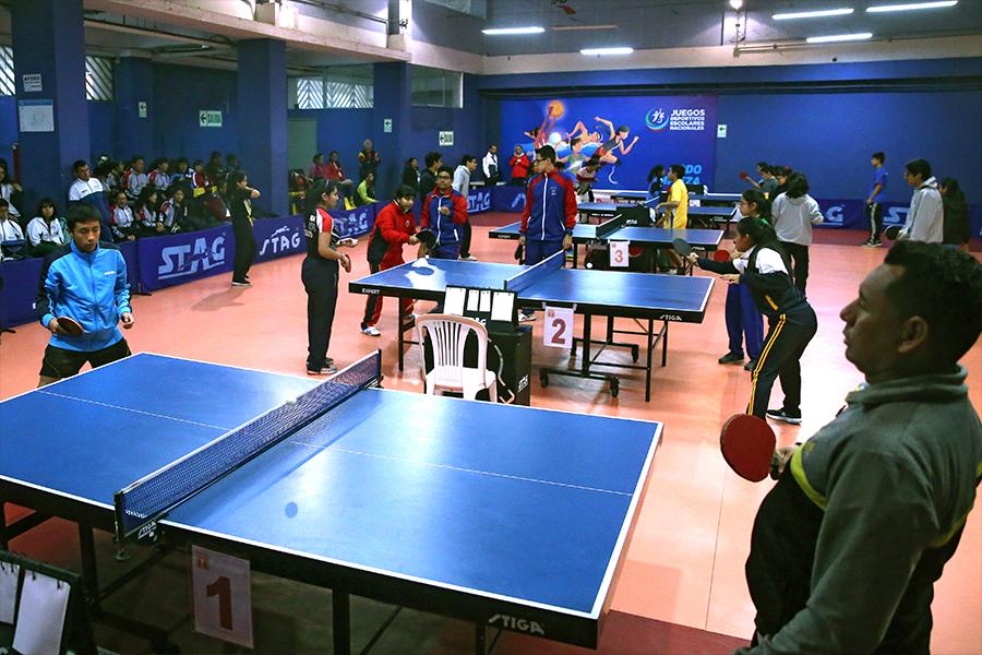 Juegos Escolares 2019: competidores de regiones destacan en tenis de mesa