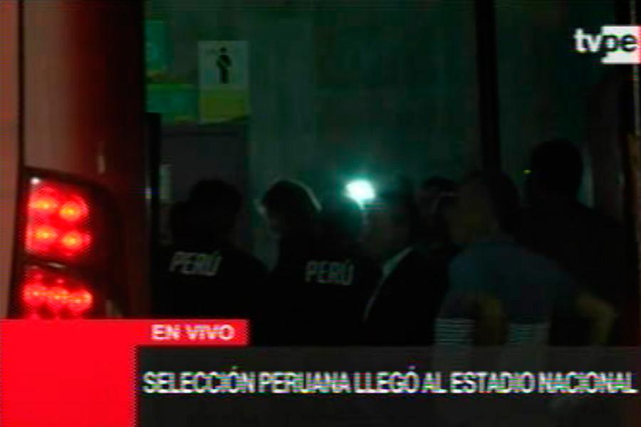 Selección peruana llegó al Estadio Nacional para choque con Uruguay