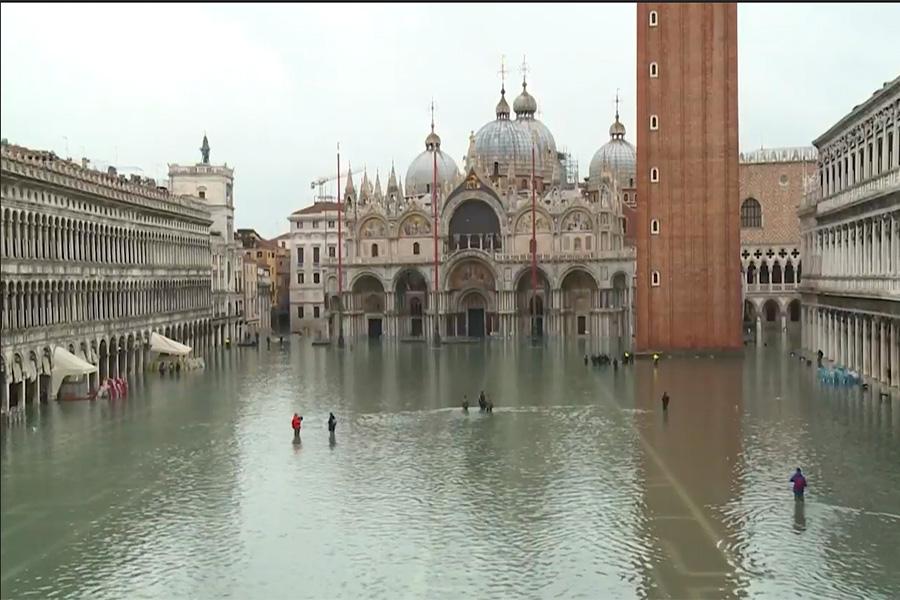 Venecia logra una tregua ante las inundaciones, pero ahora están en alerta Florencia y Pisa