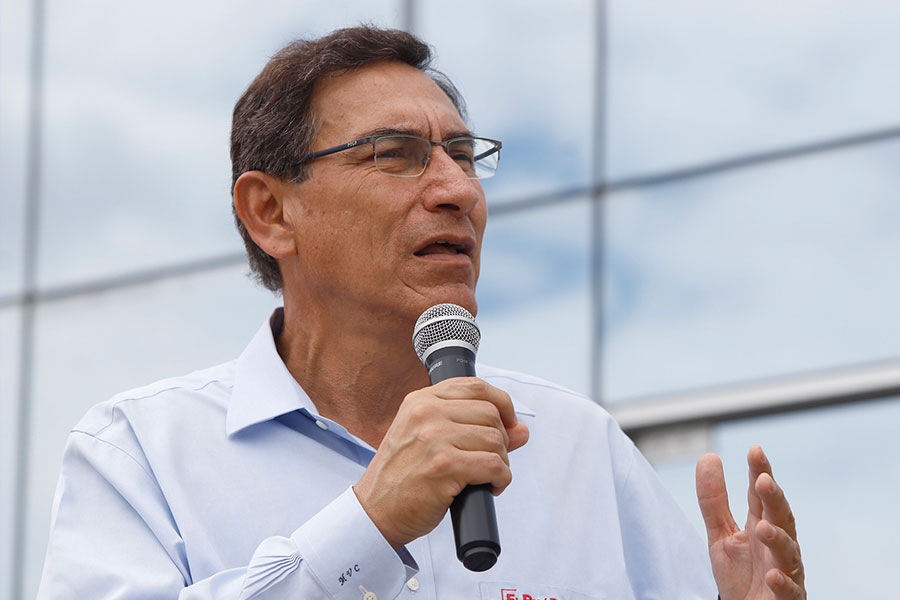 Presidente Vizcarra indica que aceptó renuncia de Petrozzi al Ministerio de Cultura