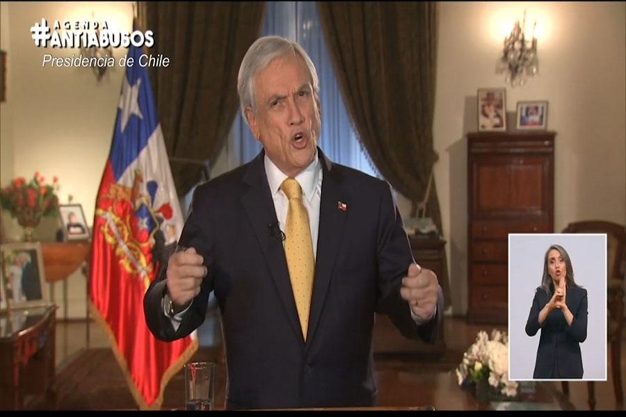 """Declaran """"siniestrado"""" avión militar chileno con 38 personas"""