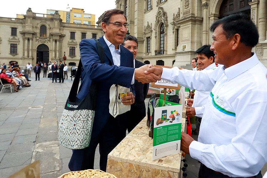 Presidente Vizcarra destaca resultados de nueva estrategia para desarrollo del Vraem