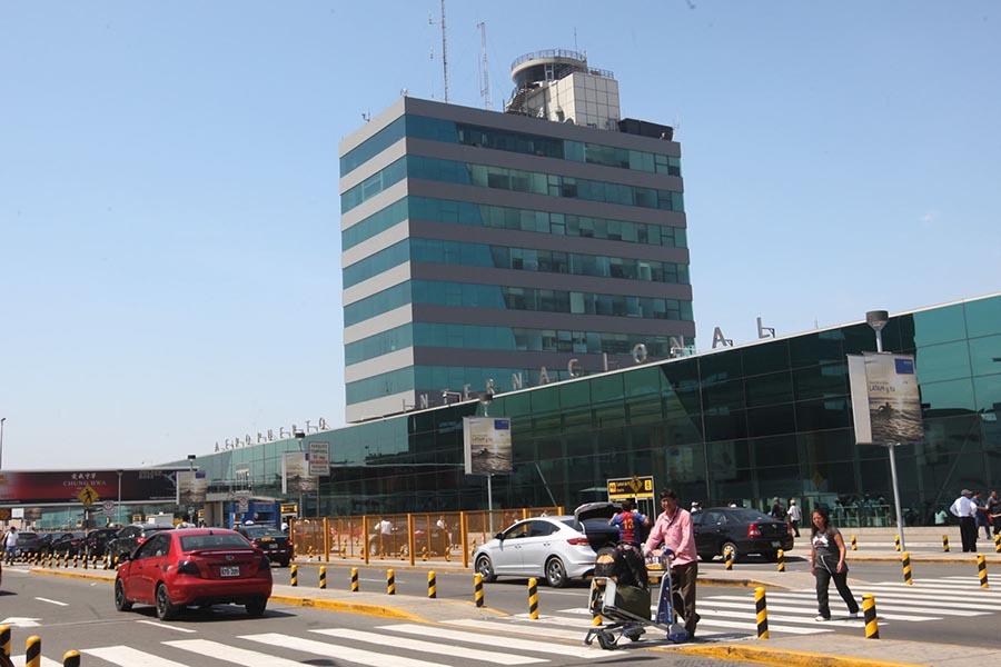 """""""Aeropuerto de Lima es uno de los más cumplidos de América Latina"""""""