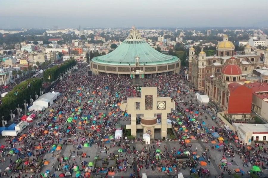 Más de 10 millones de peregrinos homenajean a la Virgen de Guadalupe en México