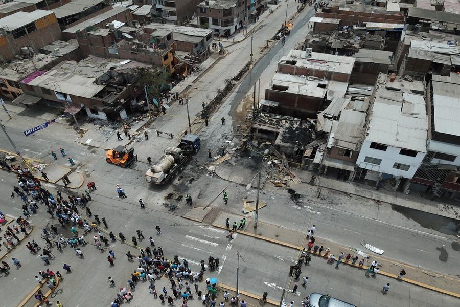 Andina drone capta magnitud del siniestro en Villa El Salvador