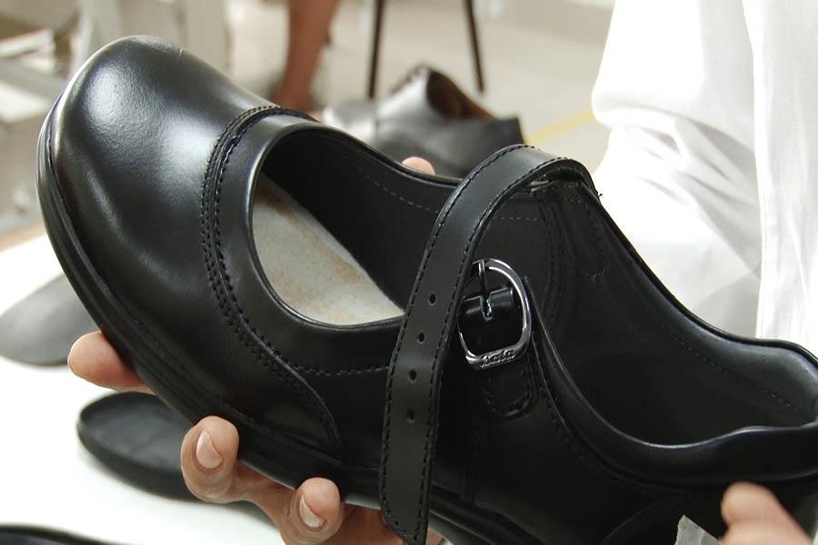 Calzado escolar: sepa cómo elegir el adecuado