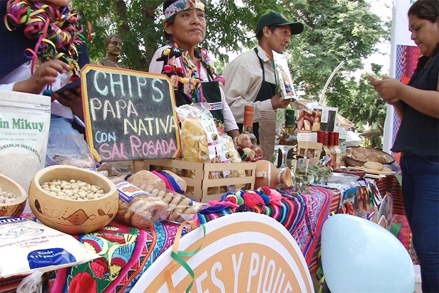 Agricultores de todo el país exhiben productos novoandinos y exóticos