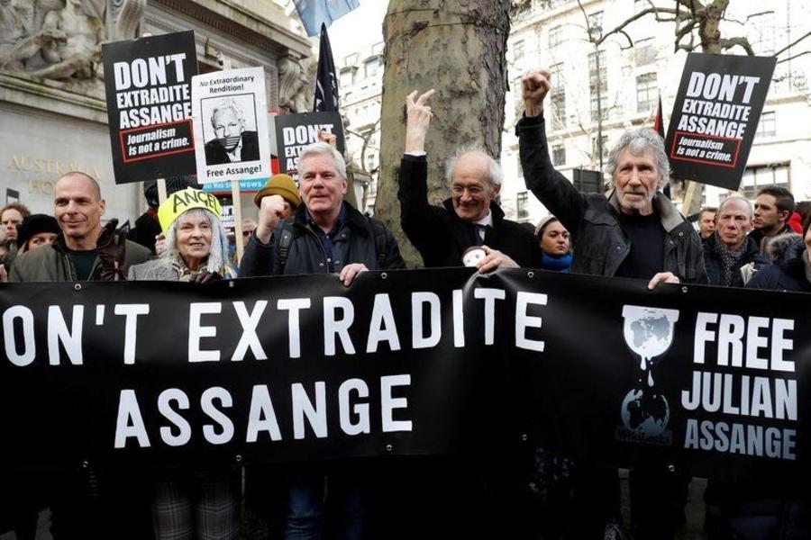 Wikileaks: Centenares de manifestantes expresan apoyo a Assange en Londres