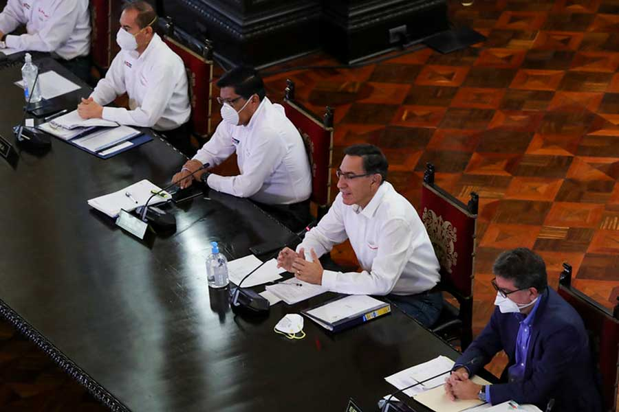 Presidente Vizcarra confirma 1414 casos