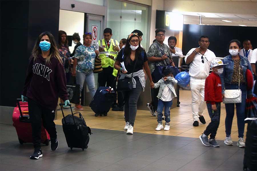 Gobierno logra el retorno de 7,000 peruanos en el exterior