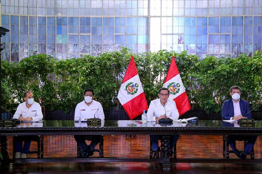 Presidente Vizcarra confirma 2561 casos de coronavirus en el país