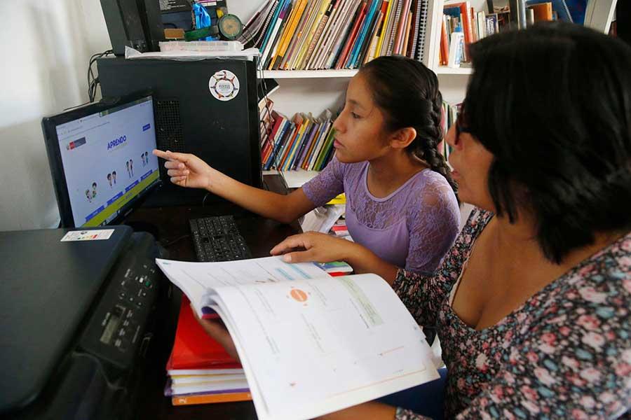 Aprendo en casa: Vizcarra destaca gran receptividad de escolares en primer día de clases