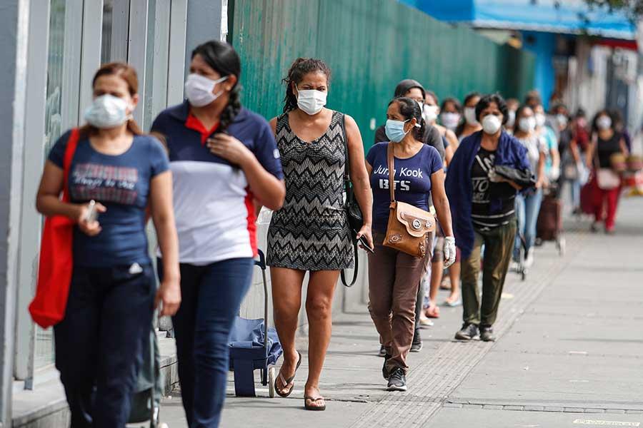 Presidente confirma 5,897 casos de coronavirus