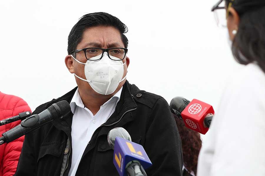 Vicente Zeballos anuncia estrategia nacional para contar con oxígeno en todo el país