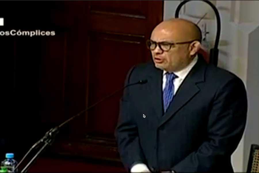 Roberto Pereira: vacancia debe sustentarse en hechos corroborados y no sobre presunciones