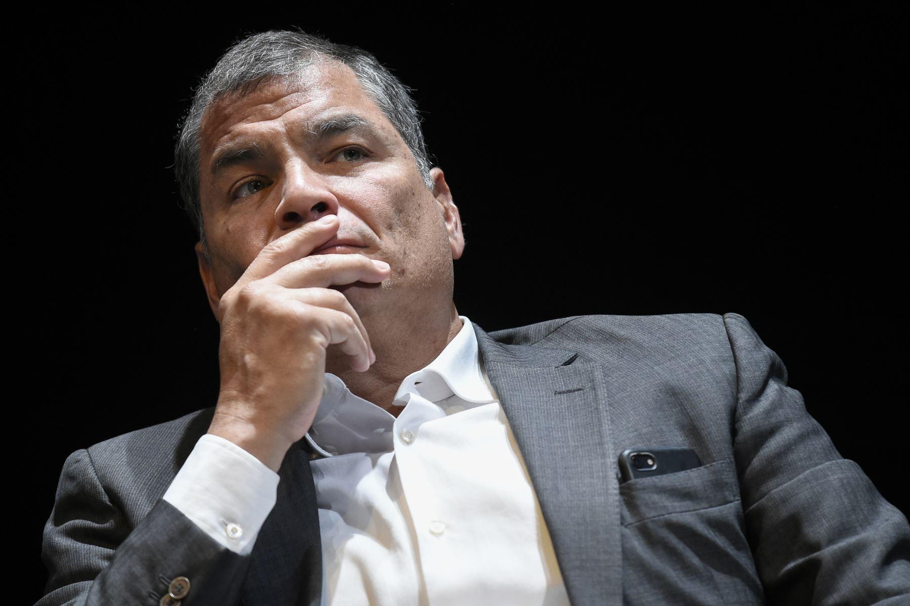 Justicia de Ecuador pide captura de Correa tras dejar en firme condena por corrupción
