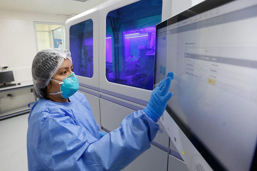 INS logra analizar 71 genomas de covid-19 de casos peruanos