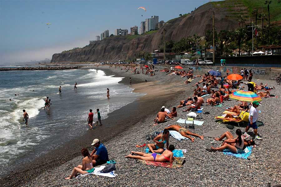 Presidente: uso de playas se permitirá de lunes a jueves, y fin de semana solo en áreas colindantes