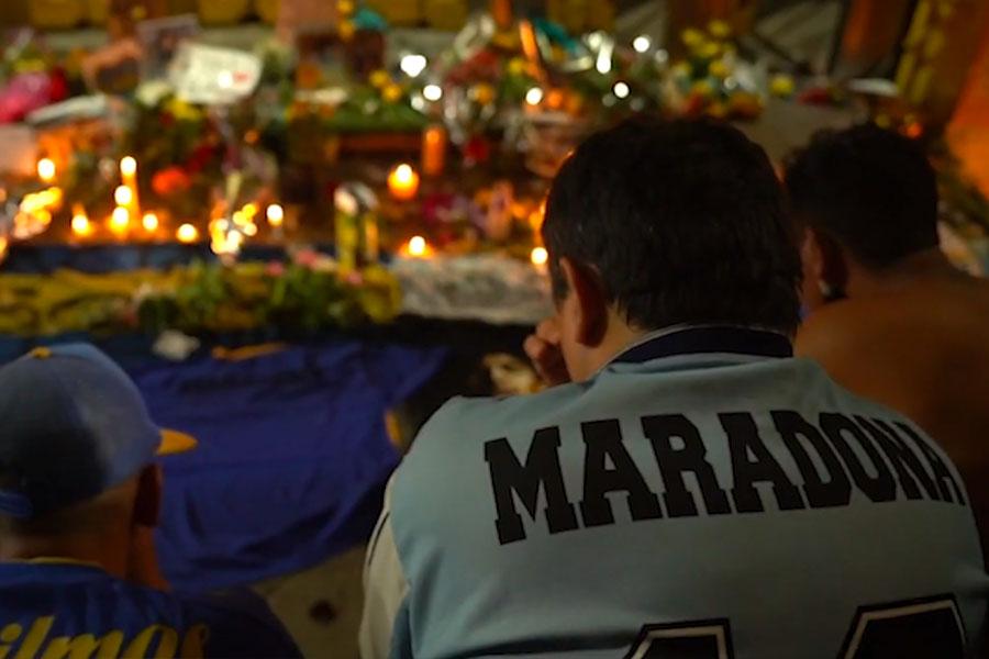 Argentina da el último adiós a Maradona
