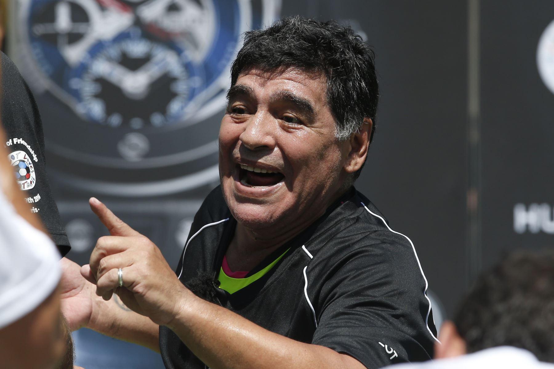 Maradona no descansa en paz: la justicia analiza hasta su corazón