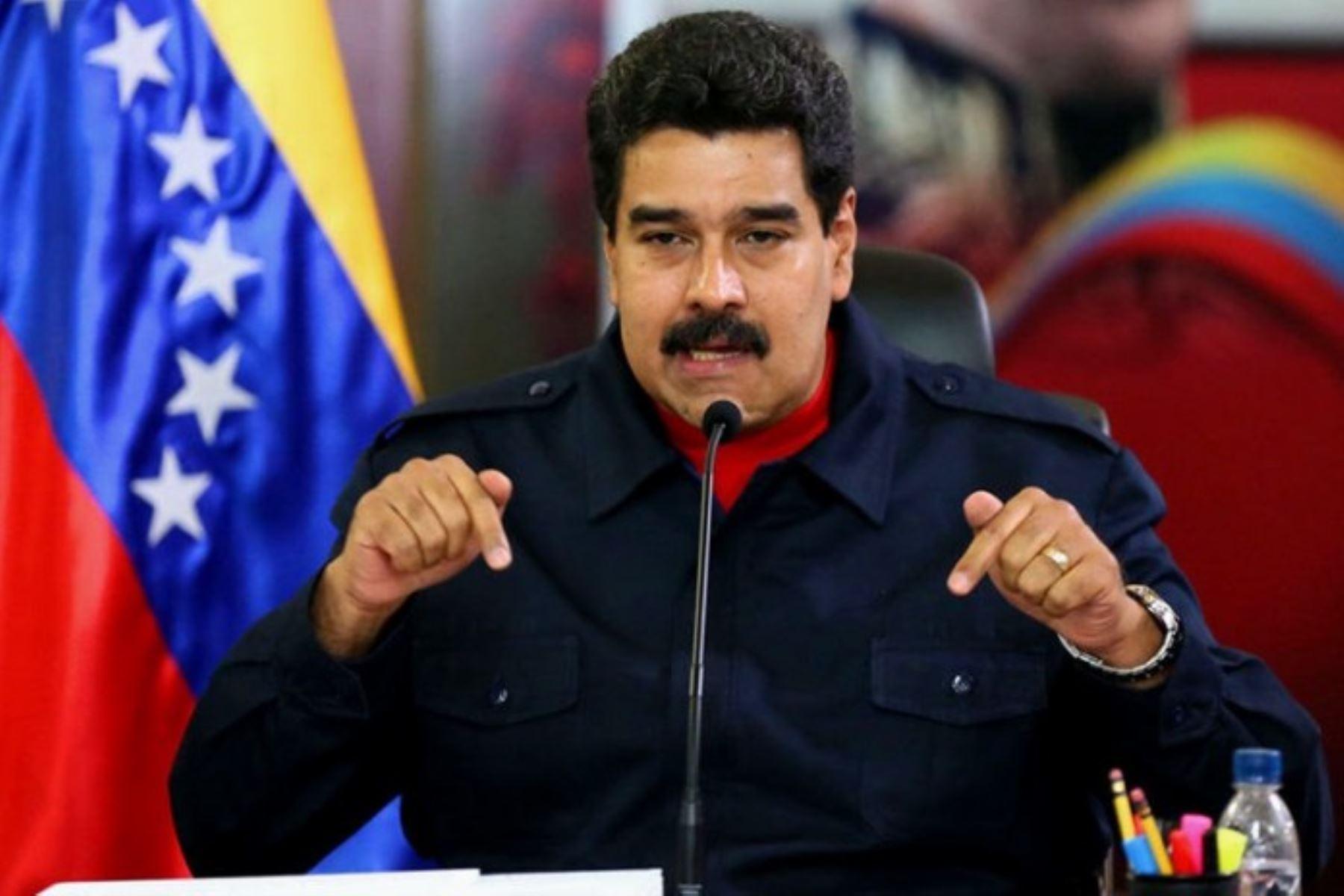 """""""Me voy de la presidencia"""", si la oposición gana el domingo, dice Maduro"""