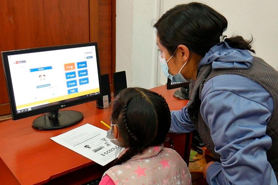 Minedu: el primer mes del año escolar será virtual