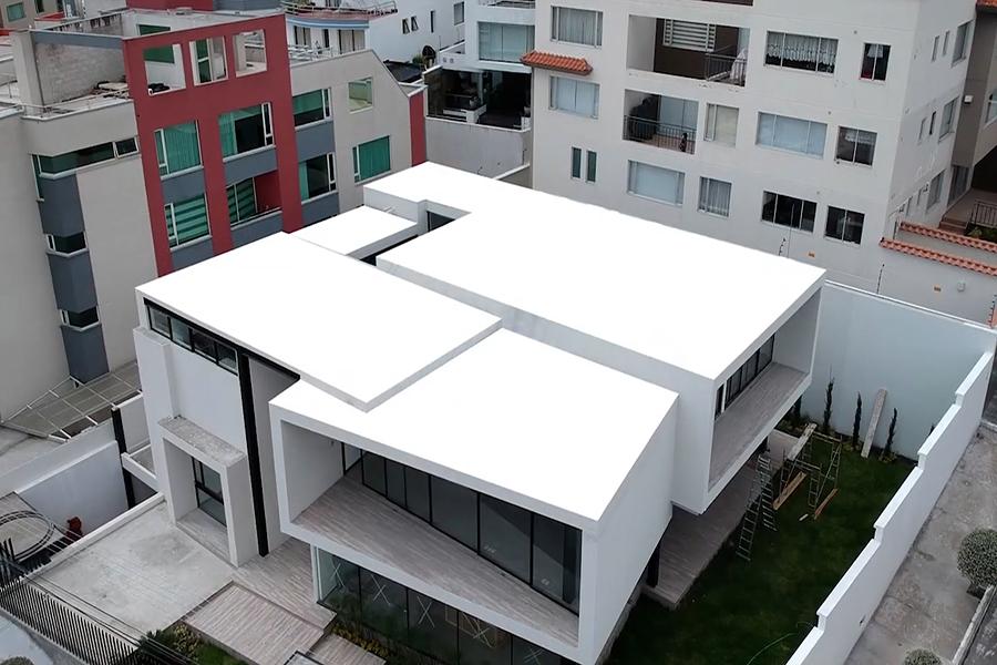 Cómo reparar y resanar el techo de su casa