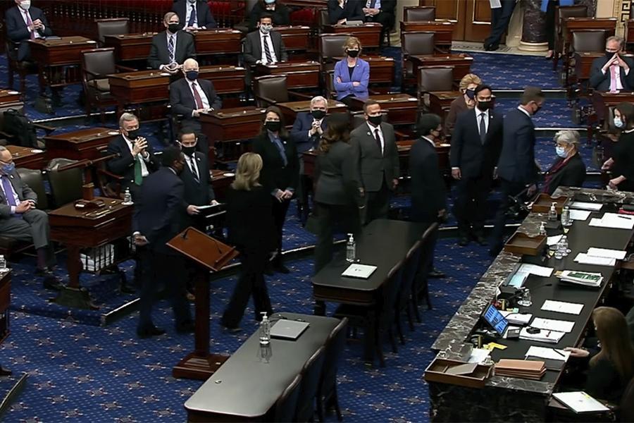 La Cámara Baja de EEUU remite el acta de acusación contra Trump